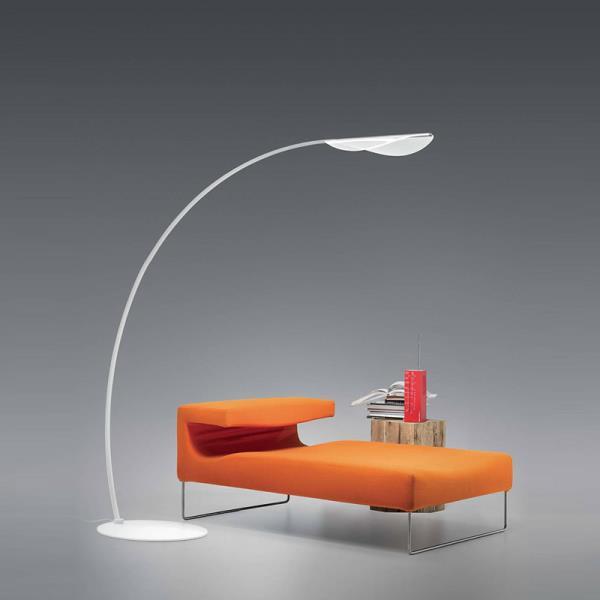 Lampade da terra particolari design lampade da terra di for Lampade da comodino particolari