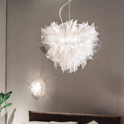 Lampadari moderni per cucina camera da letto e soggiorno for Lampadari moderni camera da letto