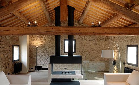 Illuminazione Camera Da Letto Mansardata : Come illuminare la mansarda idee e consigli